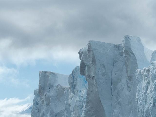 Iceberg - Blue Rock