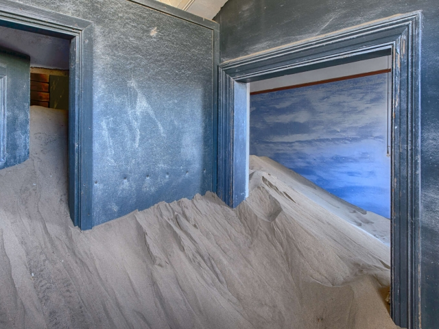 Kolmanskop - Blue Room