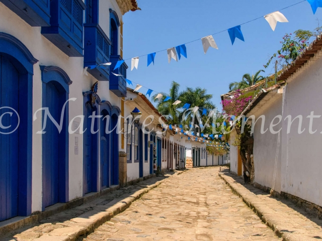 Paraty - Blue Street